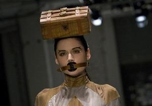 Фотогалерея: Одежда, сэр! London Fashion Week сезона весна-лето-2011