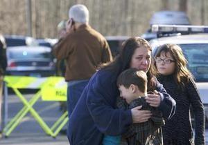 Трагедия в школе в США - Массовые убийства в школах - Стрельба в Коннектикуте - убийство в детей США - стрельба в американской школе - Адам Ланза писал о своих планах, но его высмеяли на интернет-форуме