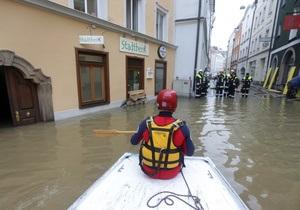 Наводнение в Европе - На востоке Германии тысячи людей покинули свои дома из-за прорыва дамбы на Эльбе