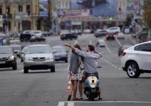Более половины киевлян не удовлетворены своей жизнью - опрос