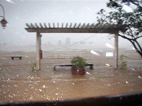 Тайфун Кетсана обрушился на Вьетнам: погибли более 20 человек