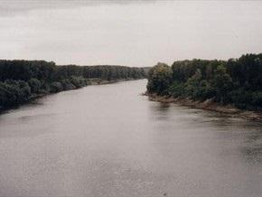 В Дунае затонула баржа с железной рудой