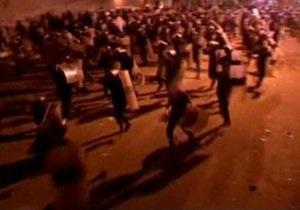 В Йемене протестующие атаковали посольство США