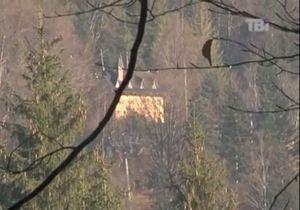ТВi: В карпатской резиденции Януковича вместо беседки строят ресторан
