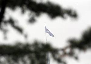 Новости Северной Кореи: Северная Корея запустила три ракеты малой дальности в Японское море