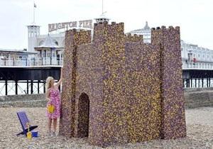 Новости Великобритании: В английском Брайтоне построили замок из шоколада