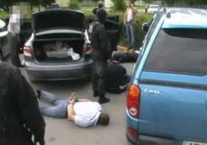 СБУ задержала членов банды, которые пытали бизнесменов в одной из бань Днепропетровска