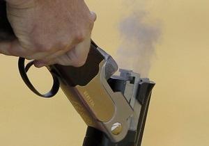 В Одессе 60-летняя женщина добровольно сдала в милицию девять ружей и револьвер