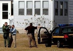 Полиция Вирджинии разыскивает преступника, открывшего огонь по полицейскому вертолету