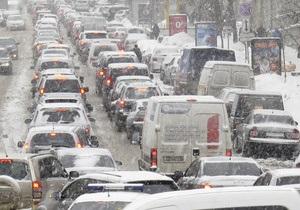 Новости Киева - кредит на авто - Из-за непогашенного кредита киевлянина лишили машины посреди дороги