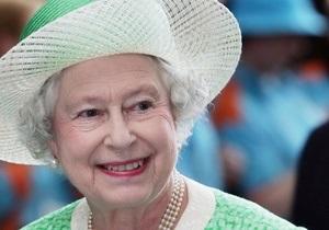 Королеву Елизавету II выписали из больницы