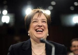 В США в число судей Верховного суда впервые в истории вошли три женщины одновременно