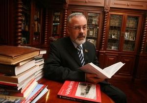 Табачник подал декларацию о доходах за прошлый год