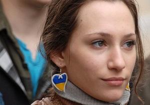 Москва, покайся: В городах Украины под посольством и консульствами РФ прошли пикеты