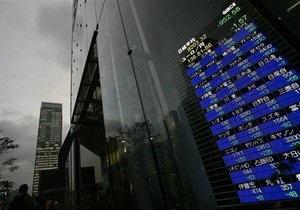 Фондовые инвесторы стараются выйти из позиций на три дня - эксперт