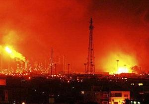 Взрыв на нефтезаводе в Венесуэле: число жертв возросло до 19 человек
