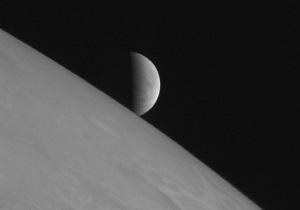 Астрономы наблюдали падение астероида на Юпитер