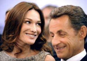 В песне Карлы Бруни нашли насмешку над Олландом