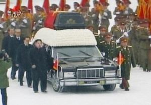 В КНДР завершился первый день похорон Ким Чен Ира