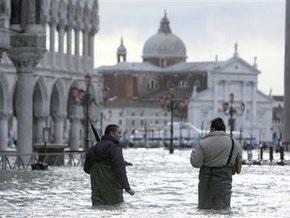 Наводнение в Венеции: город уходит под воду