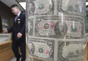 Нацбанк потратил более $3,7 млрд на поддержку гривны в прошлом году