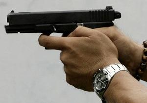 В Житомире между посетителями кафе и милиционерами произошла драка со стрельбой