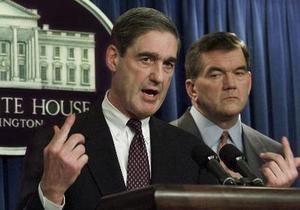 Обама попросил конгресс оставить главу ФБР на посту еще на два года