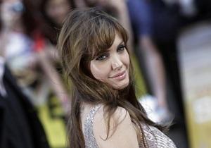 Джоли перенесла съемки фильма о Боснии в Венгрию