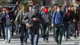 Беспорядки на праздновании Навруза в Турции: 13 погибших