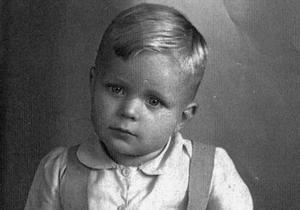 Мальчика из Крыма готовили в элиту  третьего рейха  - DW