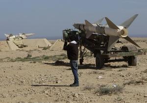 Бежавшие из Ливии африканские мигранты рассказали, как власти заставляли их воевать с повстанцами