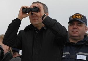 Фотогалерея: Шуфрич спешит на помощь. МЧС готово к наводнению