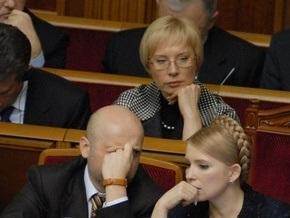Регионалы подают в суд на Денисову