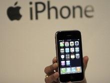 Сегодня в полночь в России стартуют продажи iPhone 3G