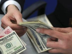 Межбанк открылся в диапазоне 8,32-8,44 гривны за доллар