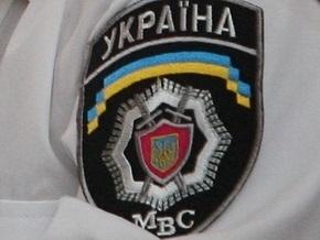 ПриватБанк сообщил о попытке четверых юношей взломать сейф банкомата