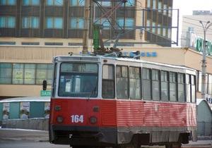 В Луганске из-за кражи провода приостановлено движение на троллейбусном и трамвайном маршрутах
