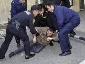 За стрельбу в бакинском вузе задержали уже трех подозреваемых