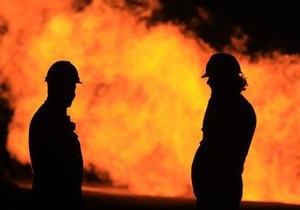 В Санкт-Петербурге загорелись Бадаевские склады