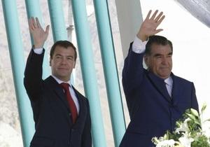 Таджикистан согласился продлить пребывание военной базы РФ на своей территории