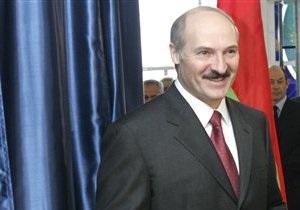 Лукашенко заявил, что Бакиев готов поехать в Кыргызстан, чтобы объявить там референдум