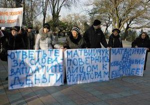 В Одессе агитаторы требовали от регионалов выплатить деньги за работу на выборах
