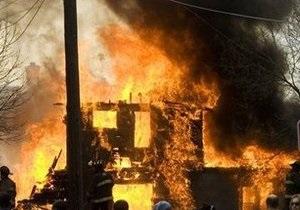 Крупный пожар в северном Таиланде уничтожил исторические здания