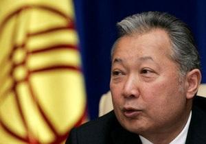 Сторонники президента Кыргызстана отрицают, что он покинул столицу страны