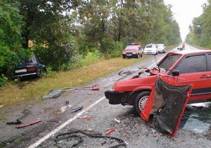 Крупное ДТП в Днепропетровской области: травмированы семь человек