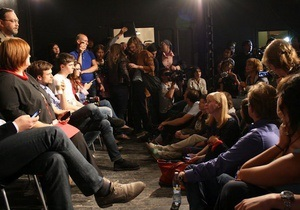 В Москве пытались сорвать спектакль о Pussy Riot