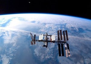 Новости науки - МКС - космос: Астронавты МКС вышли в открытый космос