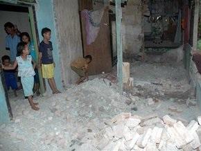 Землетрясение в Индонезии: шесть человек погибли, десятки ранены