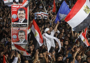 Египет - В Каире военные открыли огонь по сторонникам Мурси
