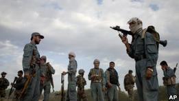 Афганские талибы забросали камнями двух женщин